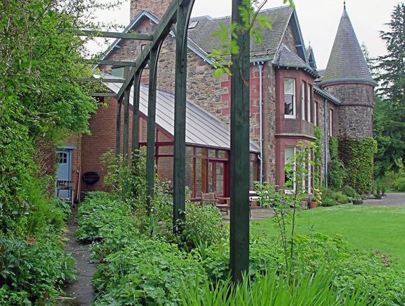 Persie House